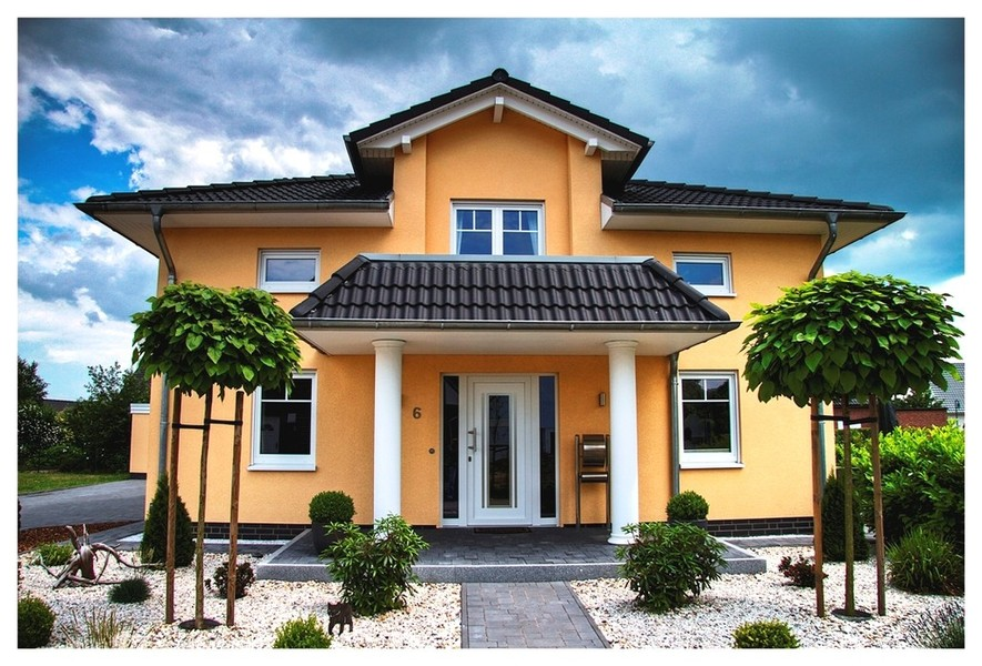 Stadtvilla mit seitlicher garage  Lange und Lossau Baubetreuungsgesellschaft Langwedel mbH - Häuser ...